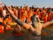 பிரயாக்ராஜ் கும்பமேளா 2019:  திரிவேணி சங்கமத்தில் புனித நீராடினால் கிடைக்கும் புண்ணியங்கள்