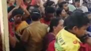 அத்திவரதரை தரிசிக்க ஒரே நாளில் திரண்ட பெருங்கூட்டம்.. 4 பேர் பலி.. சோக சம்பவத்தின் பரபர பின்னணி!