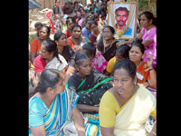 100 Women on indefinite fast for Eelam Tamils