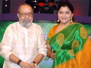 http://tamil.oneindia.in/img/2011/11/23-vaali-kushboo-300.jpg