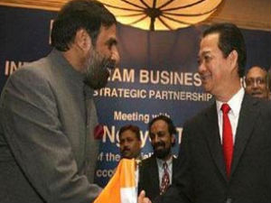 Indo Vietnam Trade Reach 7 Billion Dollars By 2015 Aid0216