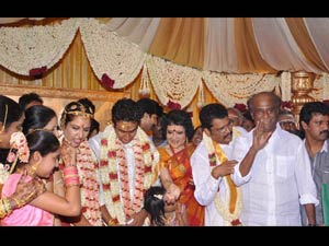 Rajini Attends K S Ravikumar Daughter Marriage