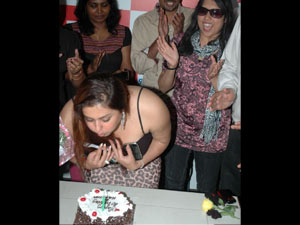 Namitha Celebrates Her Birthday Chennai