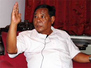 Sangma Seeks Sonia S Pardon His Comments On Her
