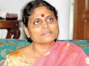 Jagan S Mom Ends Fast Poll Campaign