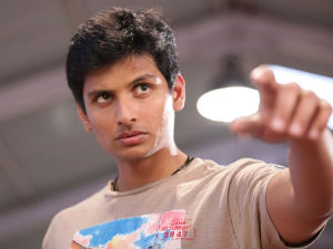 Actor Jeeva Injured At Mugamoodi Sets