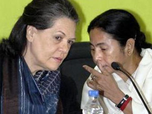 Cong Hopes Mamata Will Accept Pranab Candidature