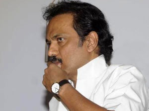 4 200 Cadres From Various Parties Join Dmk