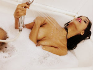 Poonam Pandey Beats The Heat Naked In Her Bath Tub