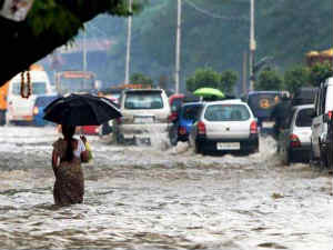 Heavy Rain Lashes Chennai Its Suburbs