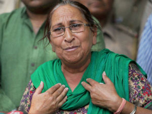 Sarabjit Singh's anguished sister says Pakistan 'stabbed India in the back'