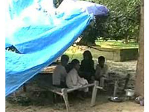 UP: Orphaned by AIDS, 5 kids live in a graveyard