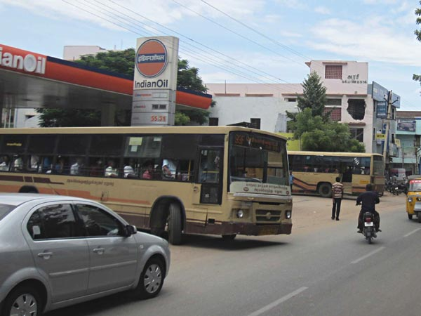 TNSTC buses refuel in private bunks : Public affect