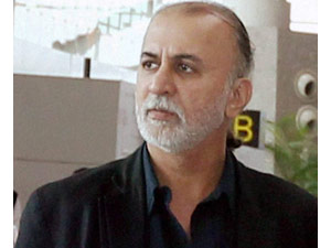Tejpal breaks down, in custody for 6 days
