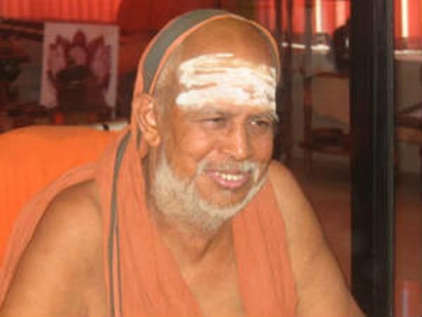 சிதம்பரம் கோயில் வளாகத்திற்குள் காரில் வந்து ஜெயேந்திரர் தரிசனம் 25-jeyendrar-1-600