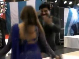 Minister spotted dancing with bar girls in Muzaffarnagar hotel