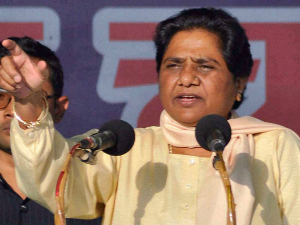 Narendra Modi is a liar; minorities fear him: Mayawati
