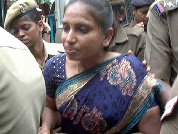 Madras HC adjourned to Nalini's parole case March 17