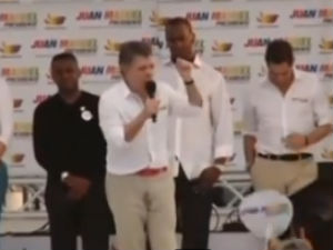 Colombian President Wets His Pants During Speech
