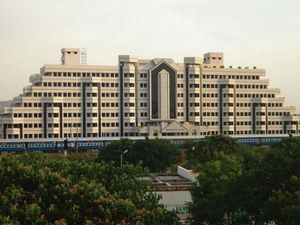VIT University's Bangalore campus will start functioning from 2015