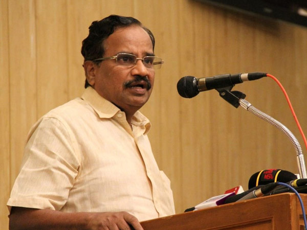 Tamilaruvi Maniyan opposes Rajapaksa participation in Modi's oath ceremony