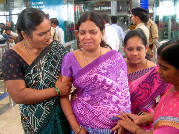 பியாஸ் நீரில் மூழ்கிப் பலியான மாணவர்கள்... 4 பேரின் உடல் ஹைதராபாத் வந்தது 11-1402468583-himachal-tragedy3345-600
