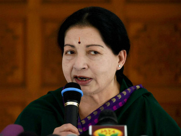 AIADMK EC to Press Centre on TN Issues