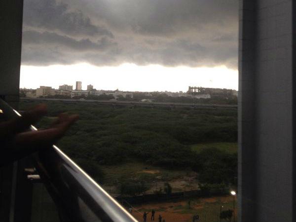 Strong Winds Slam Chennai Suburbs