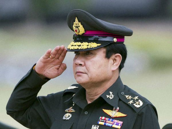 Thailand PM sorry for bikini comment after British murders