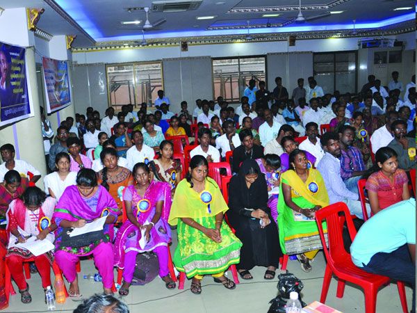MDMK students wing oratorical competition Tiruchi student won Rs. 1 lakh price