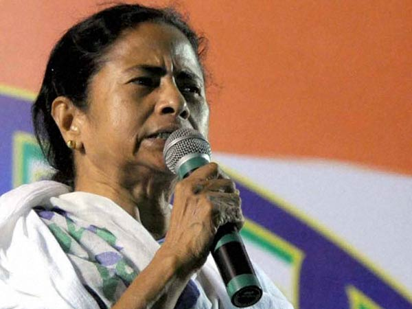Saradha scam: Mamata Banerjee questions CBI probe, says it's political vendetta