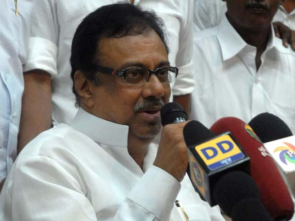 Congress will be stronger if two more people quit Congress along with Jayanthi, TNCC chief says