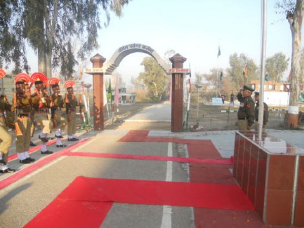 BSF to bullet-proof international border gates with Pakistan: Report