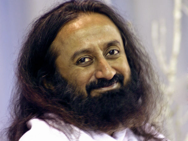 Sri Sri Ravi Shankar receives three threat letters from Islamic State