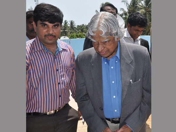 OneIndia Special: Dr Abdul Kalam's family wants no controversies in his name