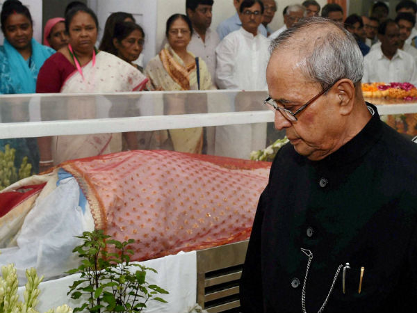 First Lady Suvra Mukherjee cremated