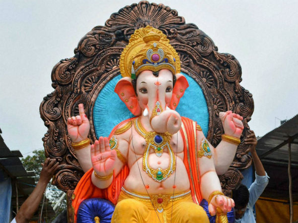 Thrown Out By Cabbie, Muslim Woman Delivers Baby Boy At Ganpati Temple, Names Him 'Ganesh'