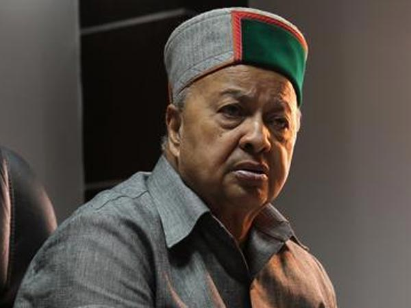 SC issues notice to Himachal CM Virbhadra Singh in DA case