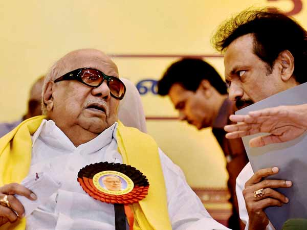 DMK tries to woo BJP for forging alliance