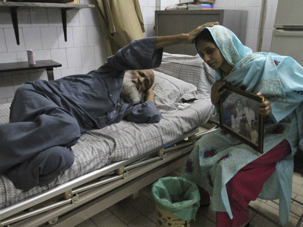 Meet Abdul Sattar Edhi, The Man Who Kept Geeta Safe