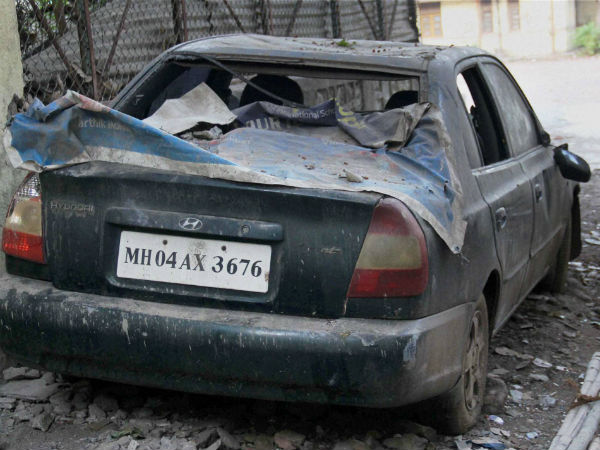 Dawood Ibrahim's green Accent car burnt in Ghaziabad