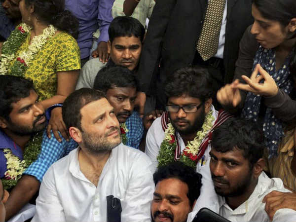 Rahul Gandhi Joins Fast For Rohith Vemula