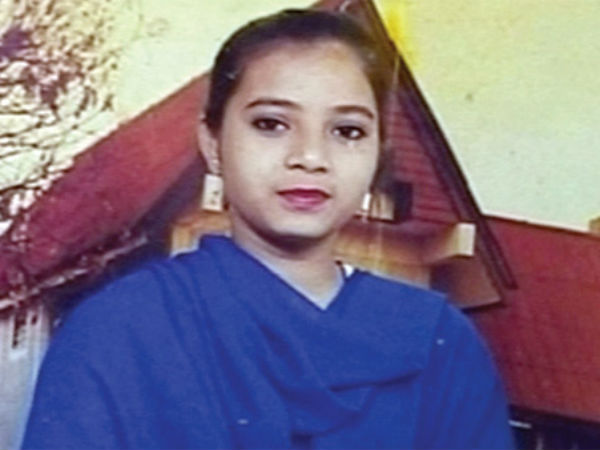 SC rejects plea to drop charges against Gujarat cops in Ishrat Jahan case