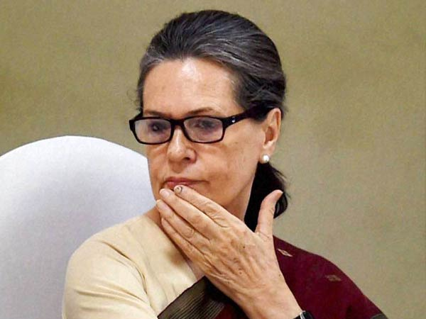 BJP targets Sonia Gandhi for VVIP chopper purchase