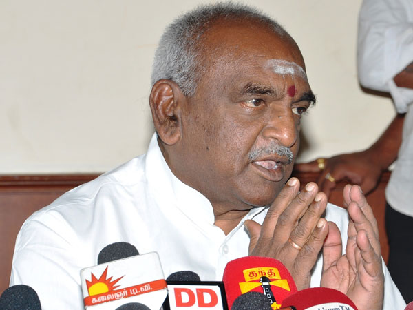 pon.radhakrishnan allegation on Dmk and congress