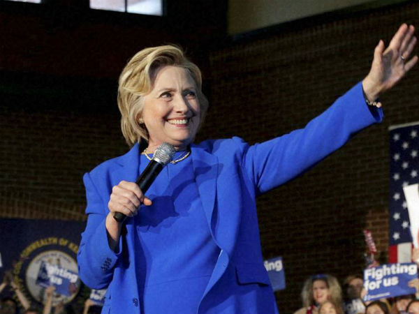 Hillary goes in TN route, announces Free wifi