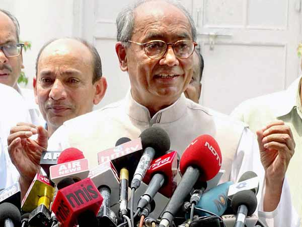 Why Central government filing case against Zakir Naik: Digvijay Singh