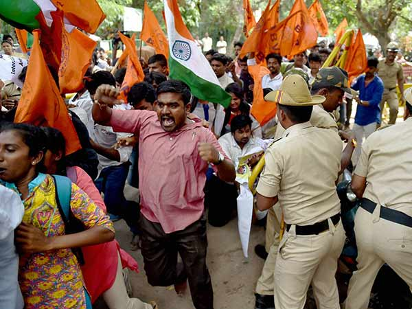 minor students kidnapping case against ABVP by Bengaluru police