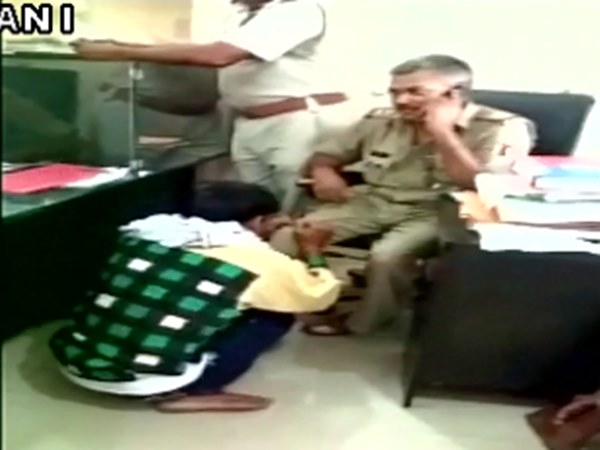 Sub Inspector gets foot massage; gets suspended in UP