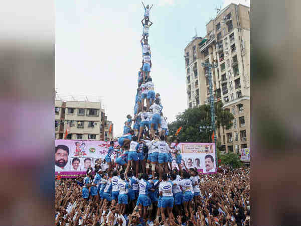 Are you attempting to get an Olympic meda? SC on Dahi Handi human pyramid